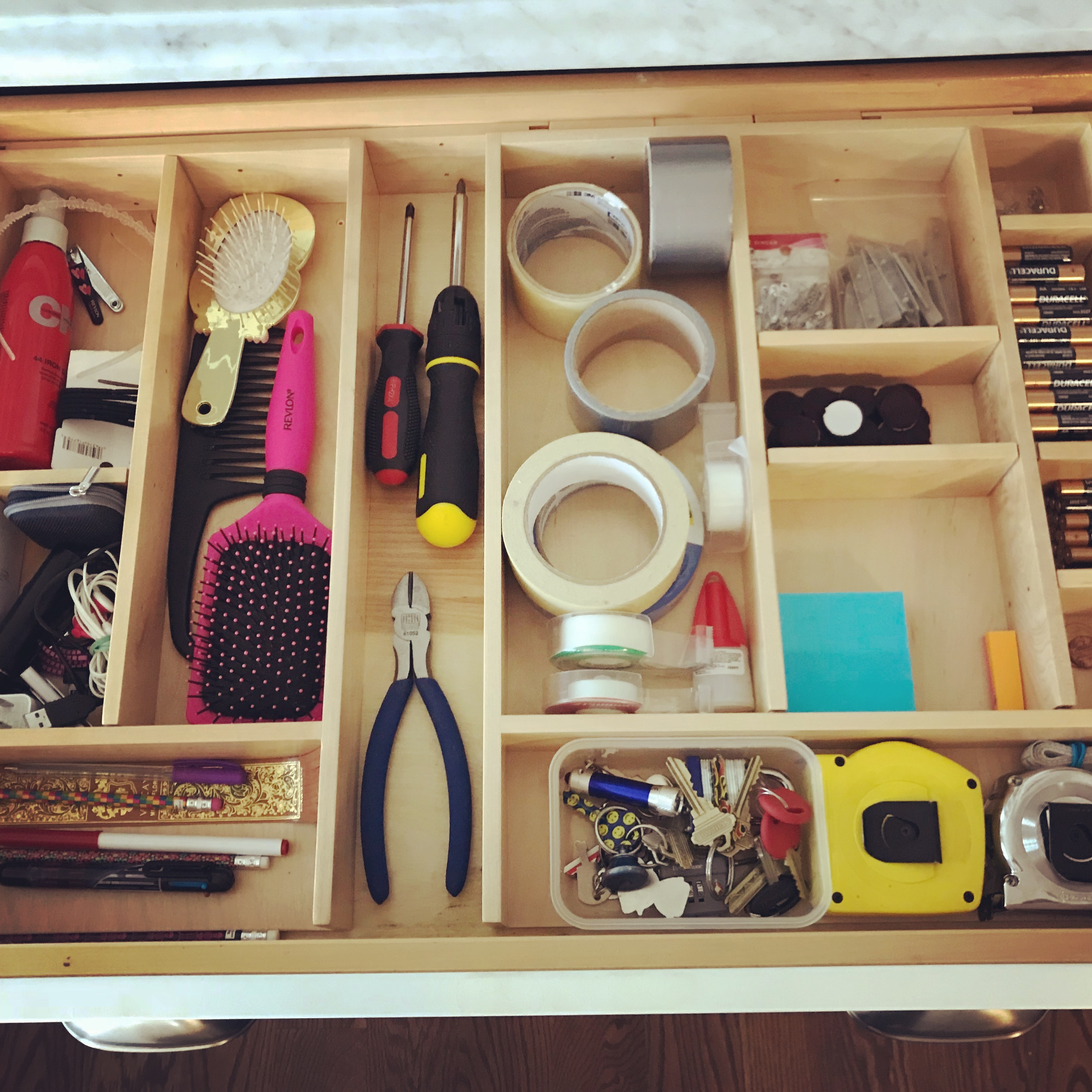 Are You A Busy Person Struggling With Clutter Build Up? Would You Like To  Be This Organized?